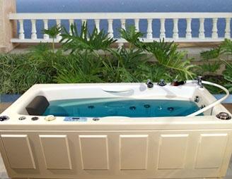 economy tub with underwater whirlpool massage